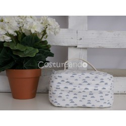 GREEN DOTS LINEN   WASH BAG WITH HANDLE