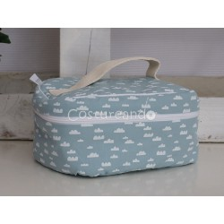 PINK BIRDS WASH BAG WITH HANDLE