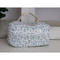 GREY ZIG ZAG WASH BAG WITH HANDLE
