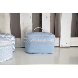 PLAIN BLUE  WASH BAG WITH HANDLE
