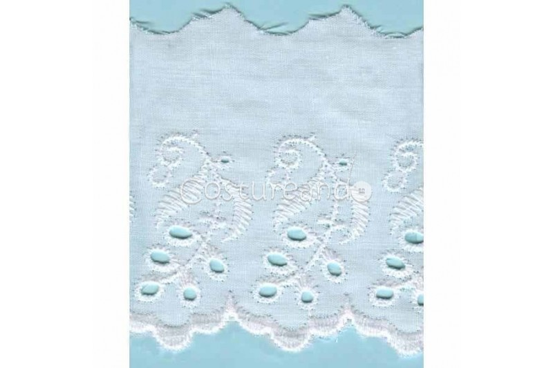 LIGHT CREAM / WHITE  EYELET EMBRODERY  LACE 004