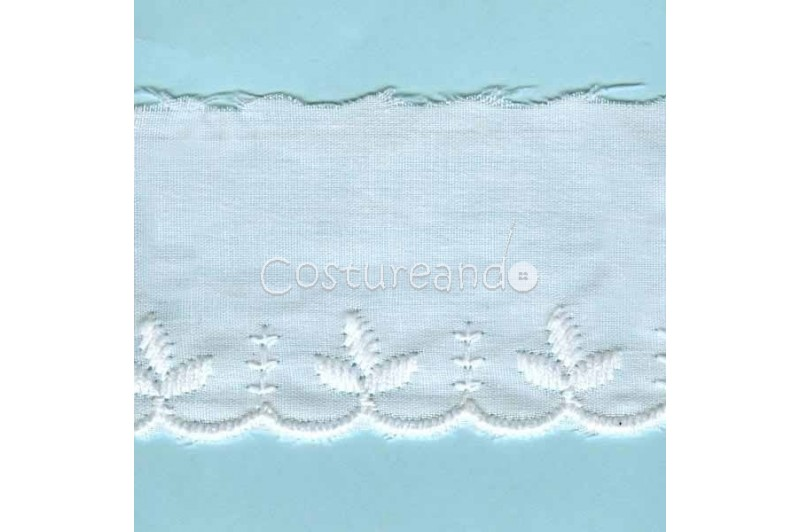LIGHT CREAM / WHITE  EYELET EMBRODERY  LACE 021