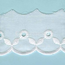 LIGHT CREAM / WHITE  EYELET EMBRODERY  LACE 028