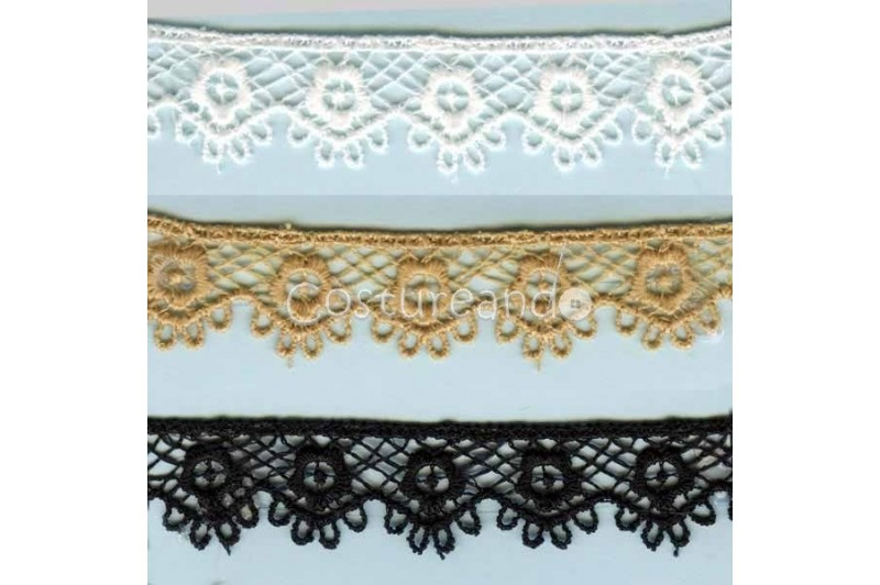 LIGHT CREAM / WHITE  EYELET EMBRODERY  LACE 056