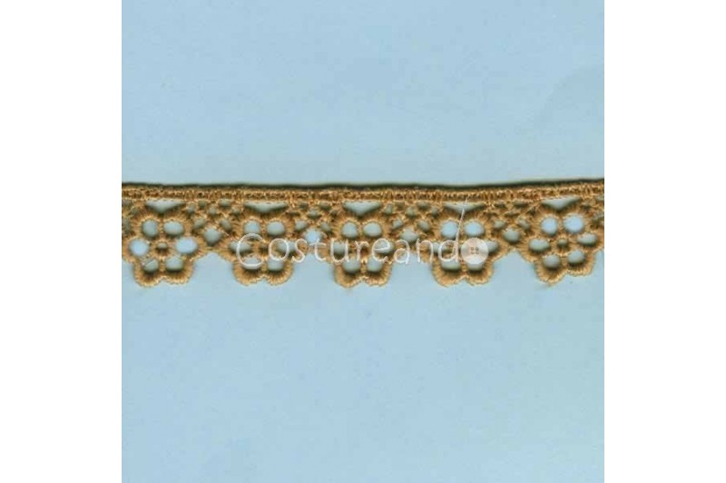 LIGHT CREAM / WHITE  EYELET EMBRODERY  LACE 058