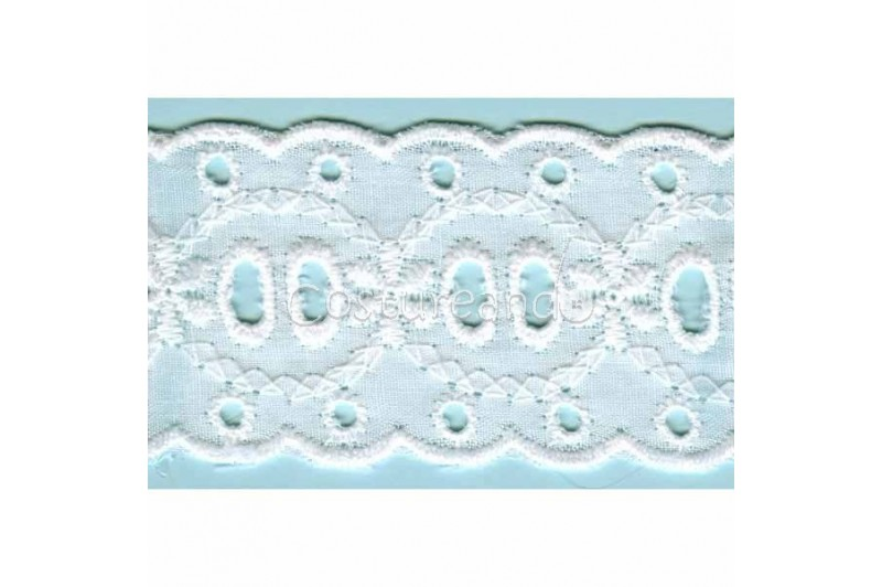 LIGHT CREAM / WHITE EYELET EMBRODERY INSERTION 014