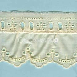 LIGHT CREAM / WHITE  RUFFLED EYELET EMBRODERY LACE 018