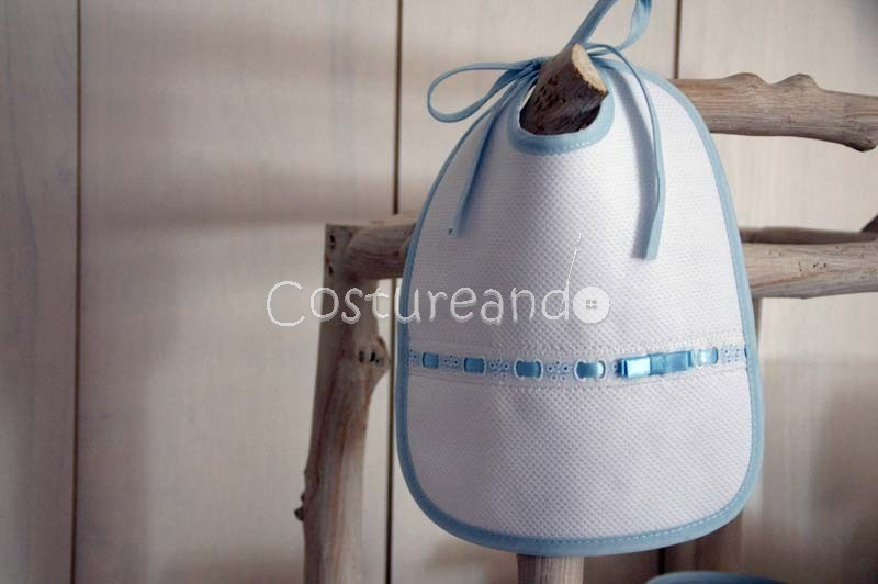 PIQUE BIB WITH EMBROIDERY & RIBBON