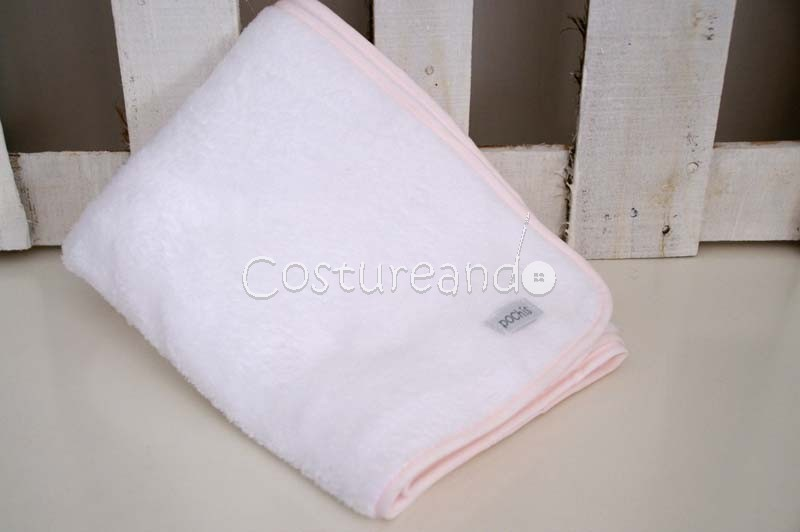 POLAR FLEECE BLANKET PINK BORDER