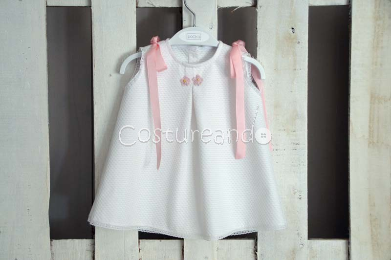 LONG BABY DRESS IN WHITE PIQUÉ WITH FLOWERS